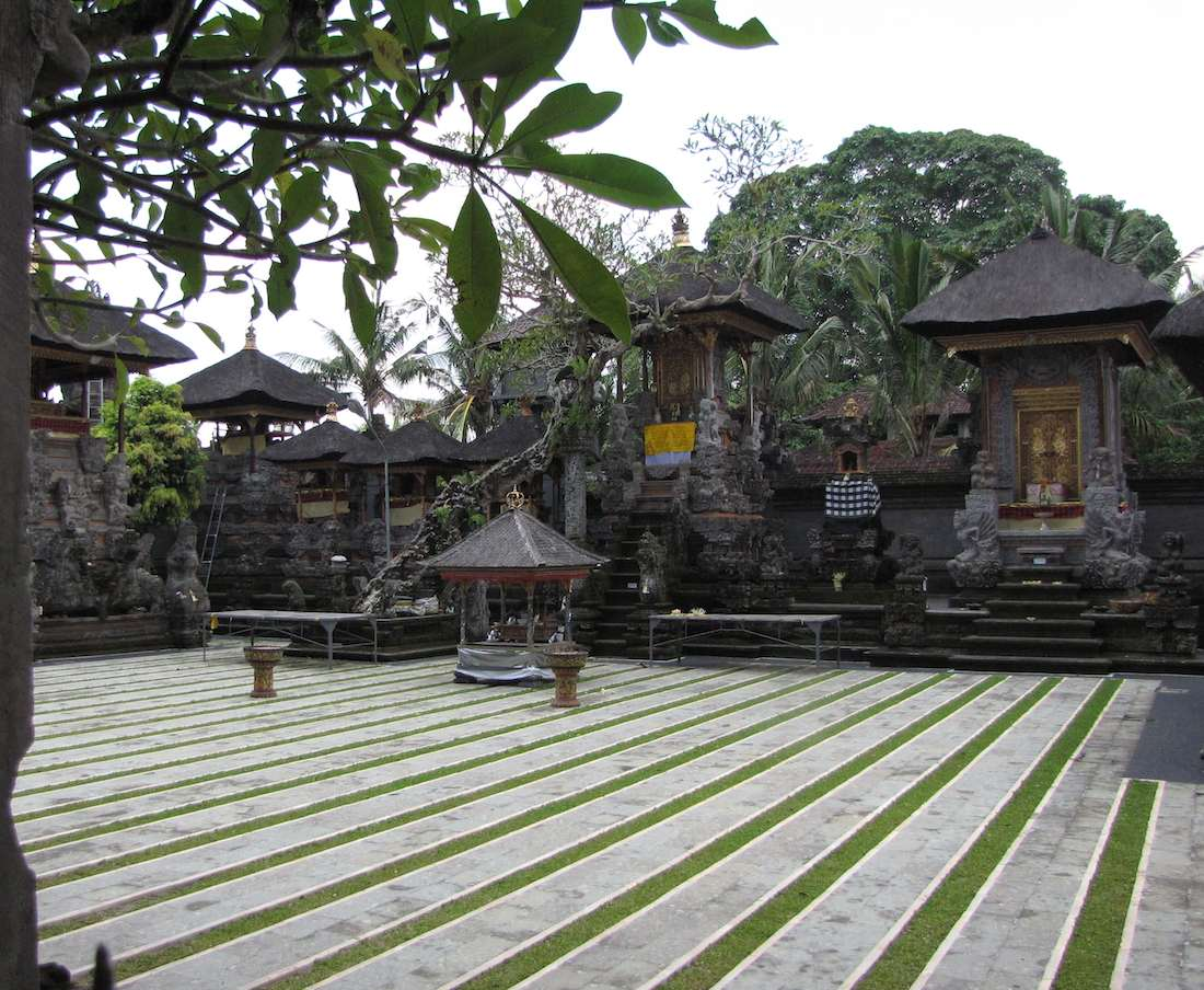 photo of one of the courtyards Carving, Pura Dalem Agung in Ubud